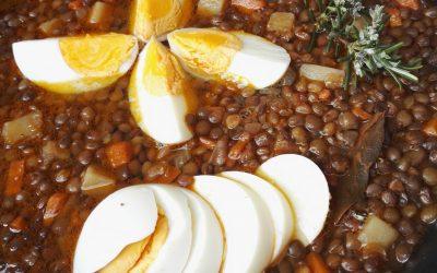 Recepta de llenties amb verdures i aroma de fonoll