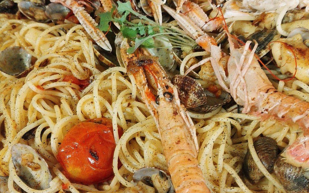 Recepta d'espaguetis fruttidimare amb Salsa Espinaler